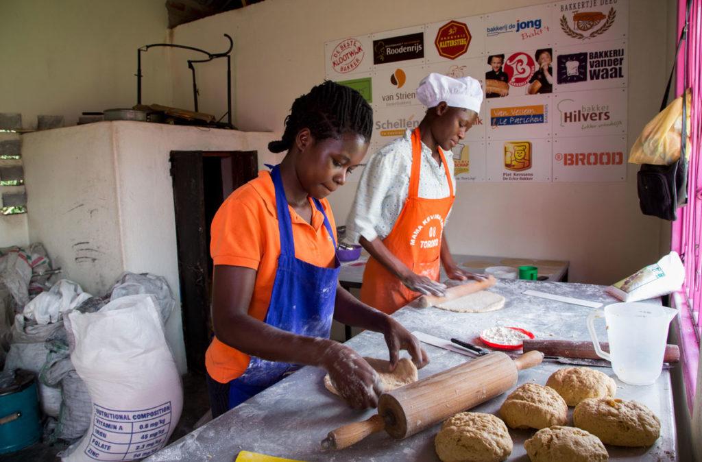 Jacqueline van den Heuvel Bake for life Afrika
